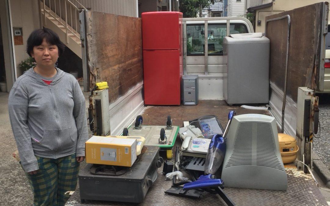 足立区 冷蔵庫と洗濯機とモニターの回収